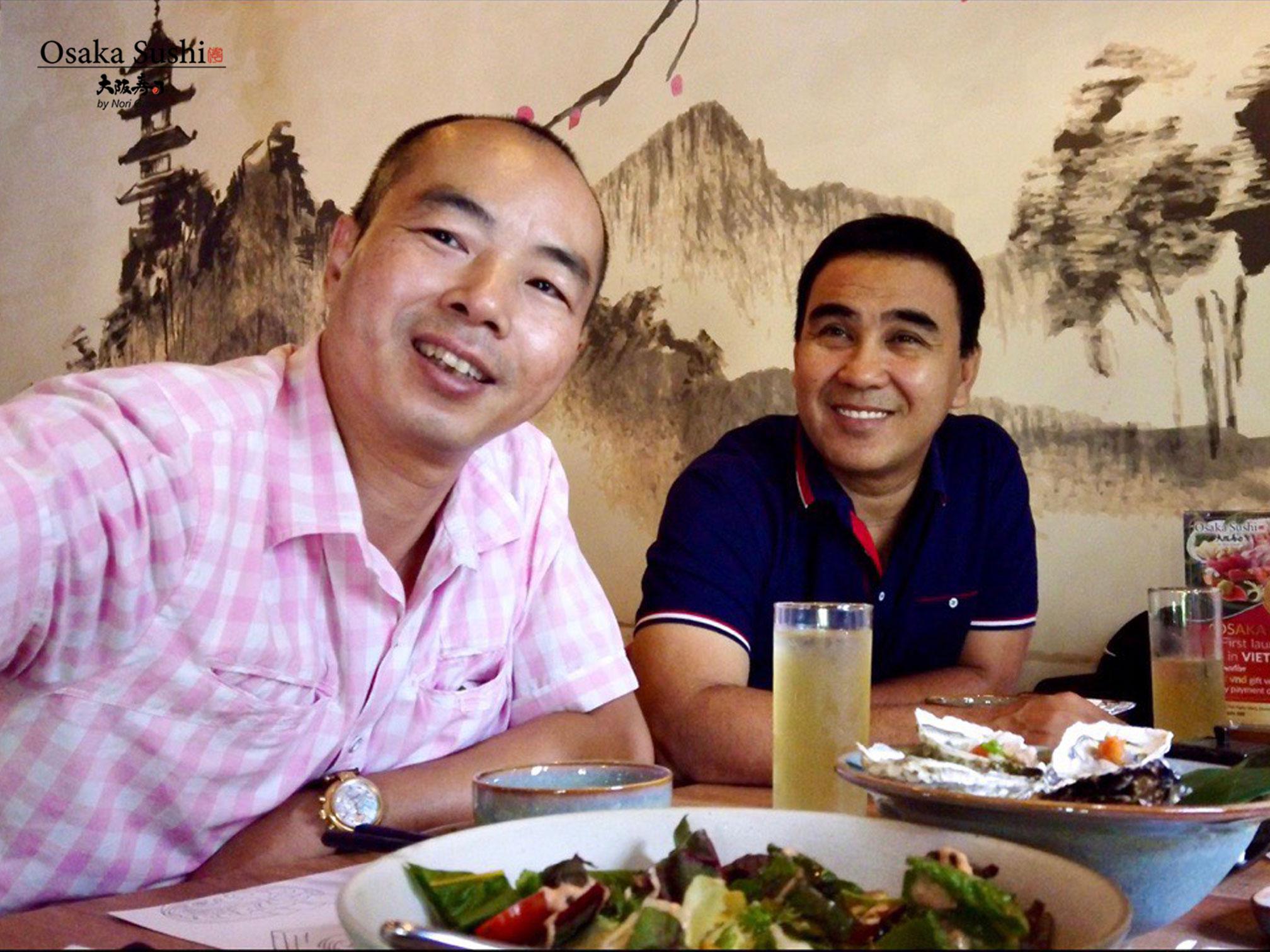 Diễn viên Quyền Linh & Bạn ăn trưa nhà hàng Osaka Sushi